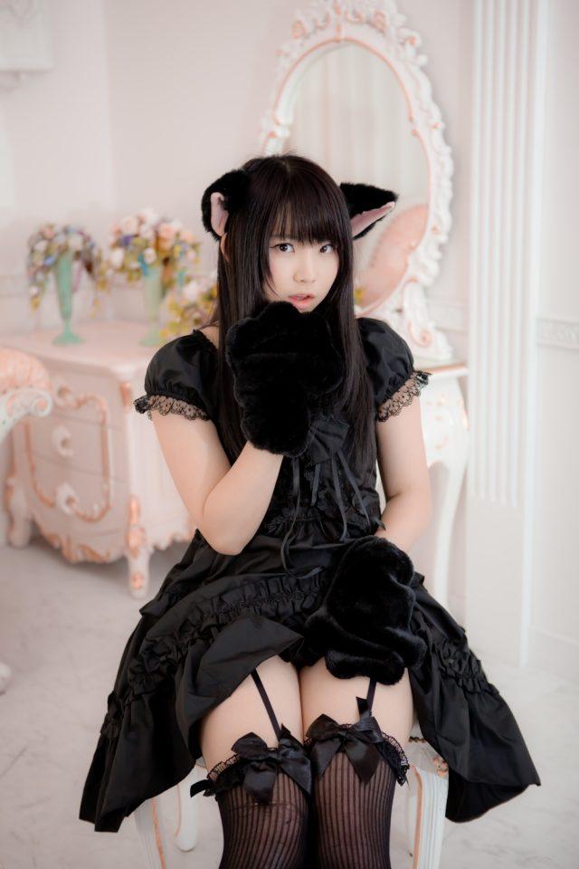 えなこ お尻がエロい! 下着やパンチラに興奮する猫耳のコスプレ画像