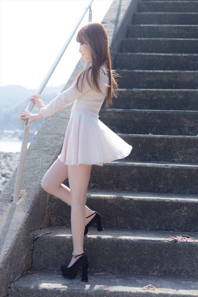 コスプレイヤー なーさん パンチラがエロい 綺麗なお姉さん風のコスプレ画像