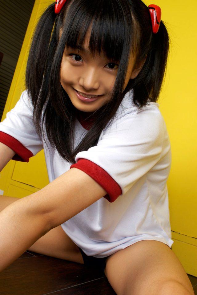 コスプレイヤー 松永亜矢香 尻を突き出してテカったブルマがエロい 惣流アスカラングレー ブルマのコスプレ画像