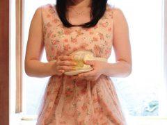【画像】内田真礼 ミニスカからムチムチの白い太ももが丸出しでエロいまとめ