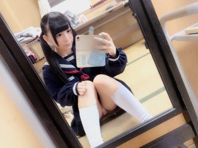 小西まりえ 制服 コスプレ 画像