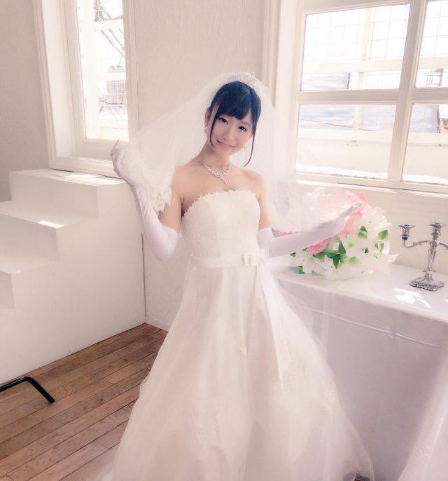 星奈あい ウェディングドレスの画像