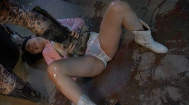 大槻ひびき 戦隊ヒロインが凌辱されまくる姿がエロい 『レンジャーガールズ絶体絶命!恐怖の濡れ責め地獄』 コスプレ画像