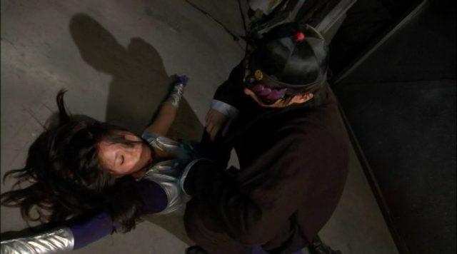 大見はるか ピチピチの全身タイツがエロい 『武装潜入捜査官シオン 絶体絶命』 コスプレ画像